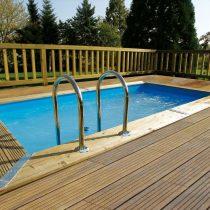 Piscine en bois de 4,50 x 2,50 m X 1.26m rectangulaire avec le liner bleu