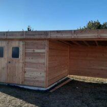 Abri de jardin en douglas de 13.47 m² avec sa couverture toiture bac acier fabriqué en France