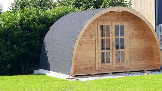 04 Abri Pod de 12m² en madriers massifs de 44mm (4X3) avec sa couverture toiture en stocks
