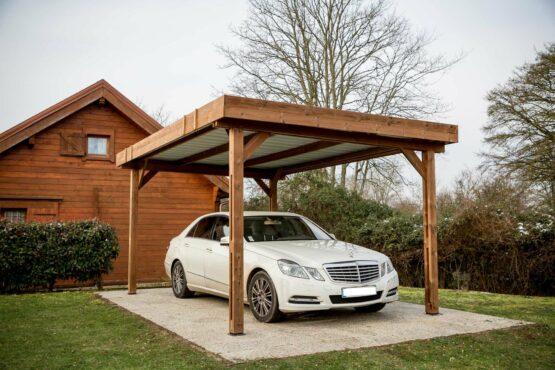 Carport 9-10 bois en THT à toit plat de 17.54m²