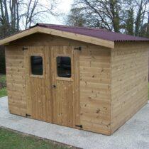 Abri 44 de jardin bois THT de 11.97m²/8.76 m² en madriers de 20mm + couverture en plaques ondulées