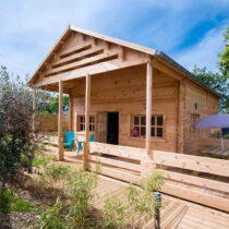 Chalet en bois 35-44 avec sa mezzanine de 36 m² + sa terrasse de 19m² en madriers massifs de 44mm